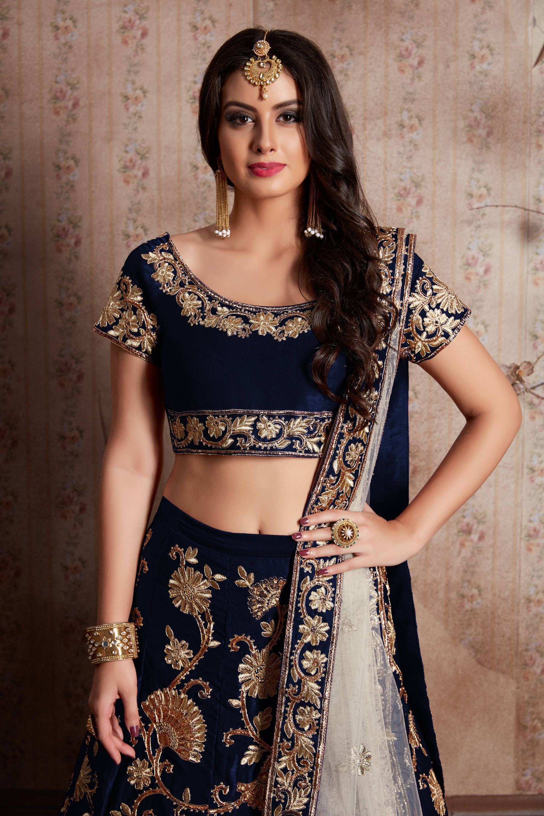 Buy Navy Blue Embroidered Velvet Bridal Lehenga Choli With Dupatta Online From Ethnicplus For 4 849 00