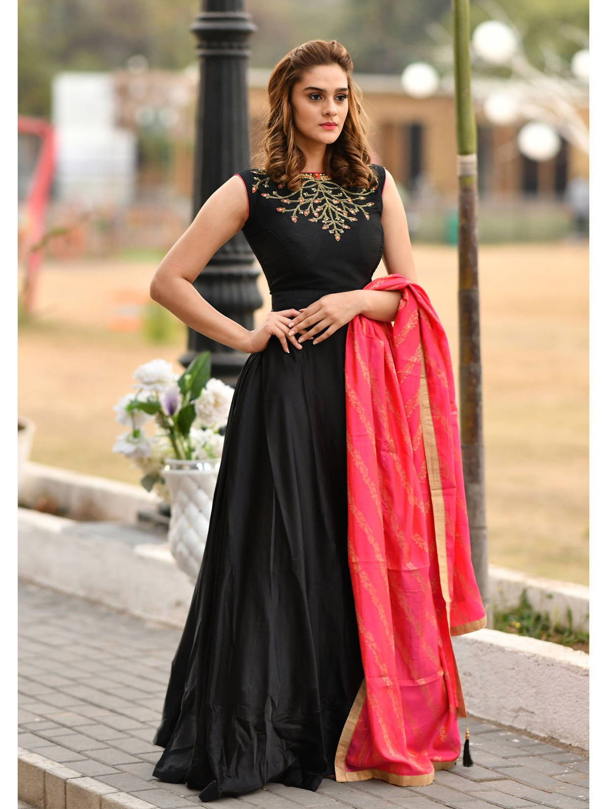 Readymade Black Embroidered Silk Party Wear Gown (Default)