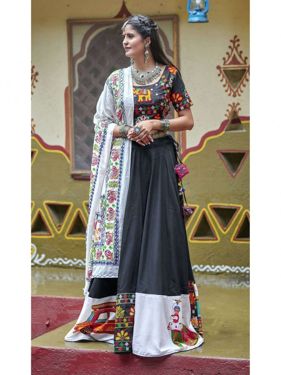 Black Color Traditional Lehenga Choli For Navratri