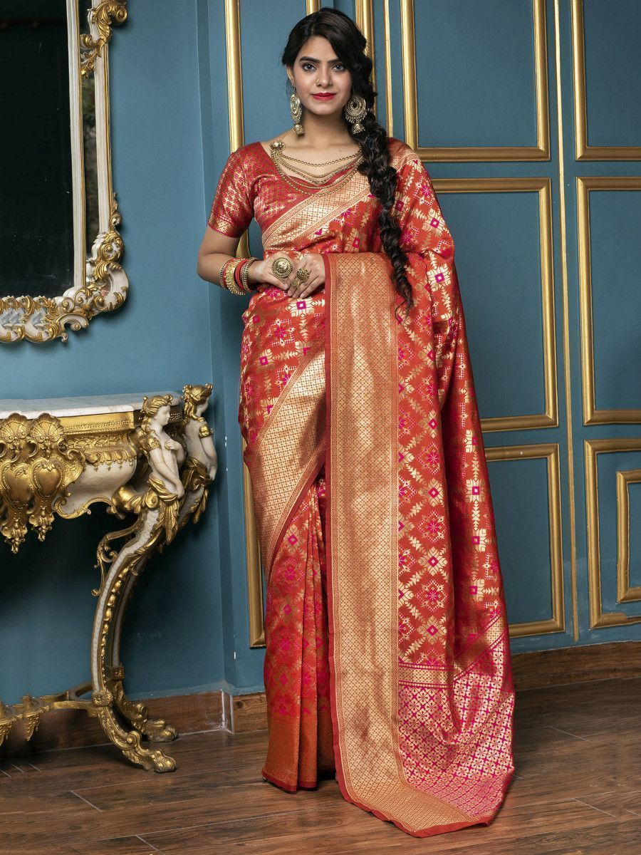 Red Golden Weaving Banarasi Silk Bridal Wear Saree