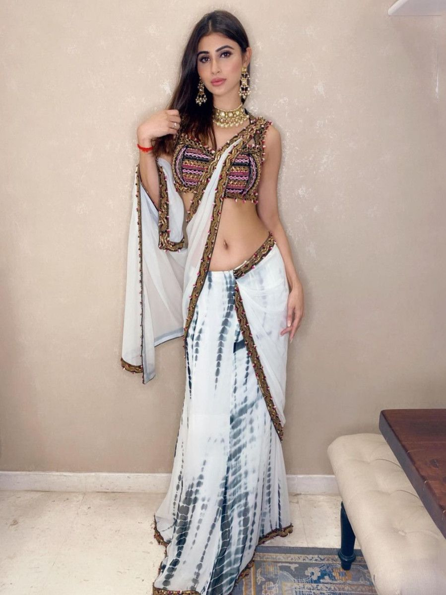 Mouni Roy White Shibori Printed Festive Saree With Blouse