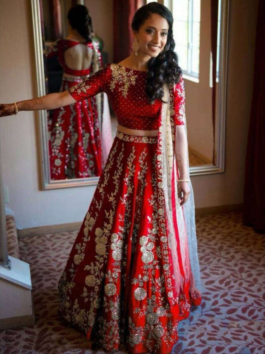 Ethnic Plus Blog News Ideas On Buying Indian Traditional Clothes Lehengas 5 Elegant Lehenga Designs That You Can Pick On Your Friend S Wedding