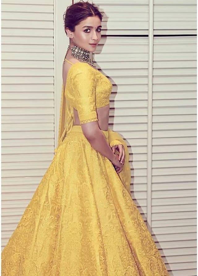 alia bhatt's yellow lehenga choli